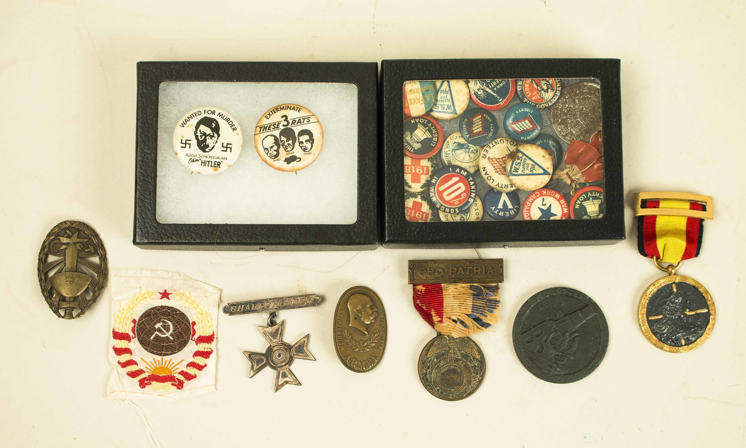 WWI and WWII Medals, Badges, Buttons, incl  Spanish Civil War