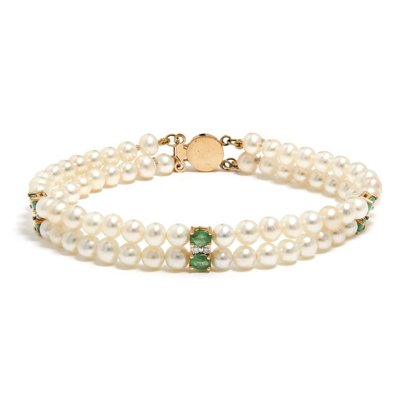 14k Diamond Emerald and Freshwater Pearl Bracelet