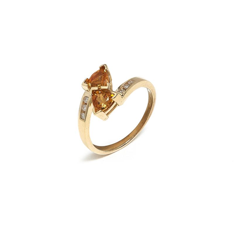 Lady's 10k Citrine Diamond Ring
