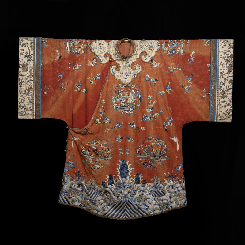 Exemplary 19th Century Qing Dynasty Chinese Embroidered Court Robe