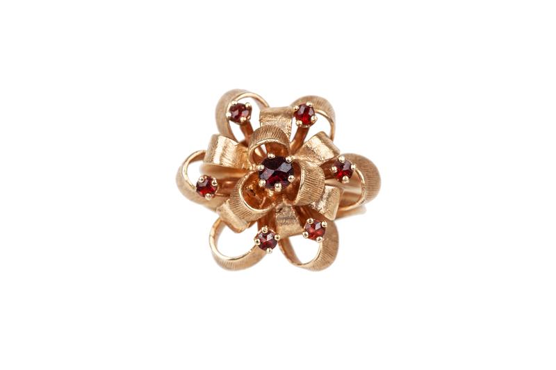 Garnet 14k Ring