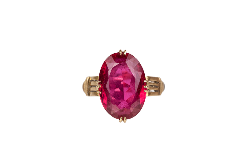 Synthetic Sapphire Ruby 18k Ring