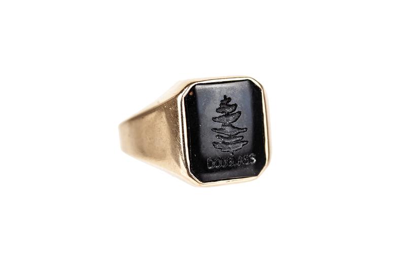 Onyx 14k Ring