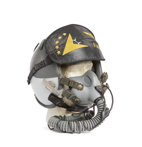 U.S. Navy Flight Helmet to call sign,