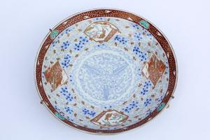 Japanese Kutani Ware Porcelain Plate