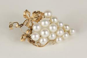 Pearl 14k Grape Bunch Pendant