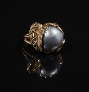 Mobe Pearl 14k Ring
