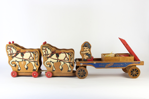 Case Playboy Express Wooden Toy