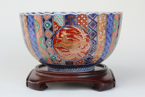 19th Century Fluted Japanese Porcelain Bowl, Imari Ware