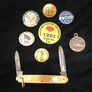Assorted Union and Railway Buttons, & Pocket Knife