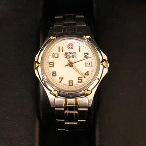 Winger, Swiss Military 100m Watch