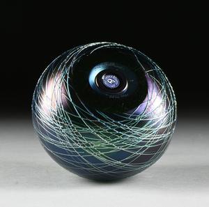 THREE ORIENT AND FLUME IRIDESCENT ART GLASS VASES, CALIFORNIA, LATE 20TH CENTURY,