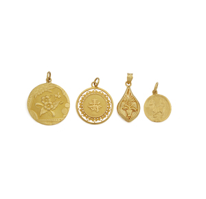 Four 24K Yellow Gold Pendants, 16.18 gm