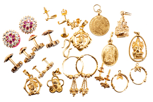 Assorted 22k Jewelry