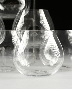 A SET OF TWELVE TIFFANY & CO. ELSA PERETTI DESIGNED THUMB PRINT WINE GLASSES, SPANISH, MODERN,