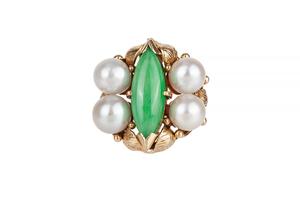 Jade Saltwater Pearl 18k Gold Ring