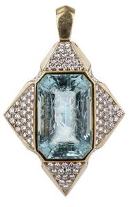 Aquamarine Intaglio Diamond 18k Pendant