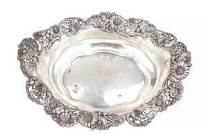 Sterling Silver Center Bowl, 29.26 ozt