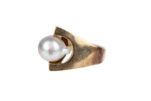 Baroque Pearl 14k Ring