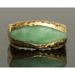 22k Gold/Jade Ring